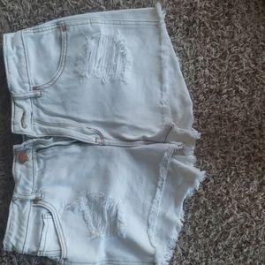 Whit shorts